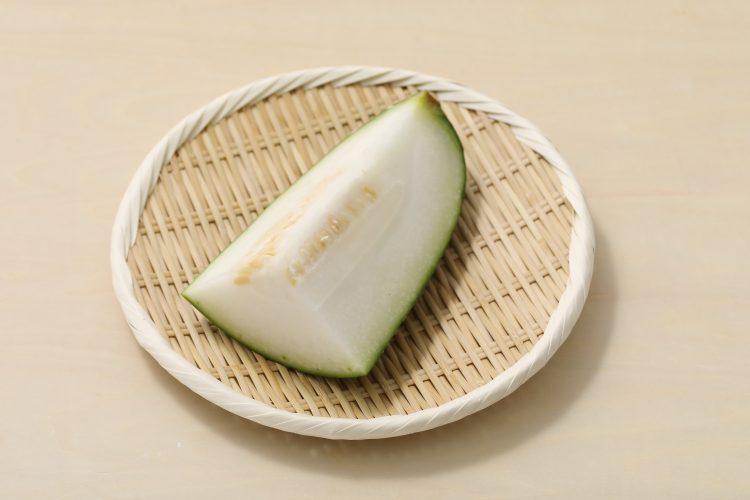 「冬瓜(とうがん)」は夏バテ対策にもぴったり!栄養・保存方法・切り方・おいしい食べ方まで徹底解説【管理栄養士監修】