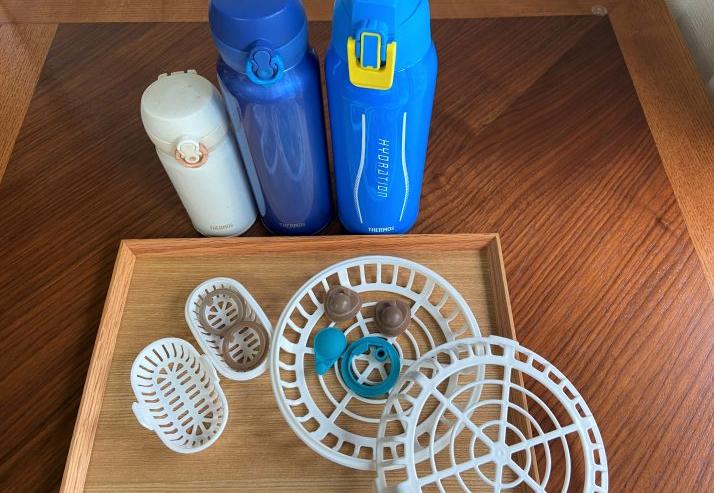 毎日の水筒洗いの救世主!細かいパーツは「食洗機用小物バスケット」にお任せ【働くお母さんの、コレ買って大正解!】#43
