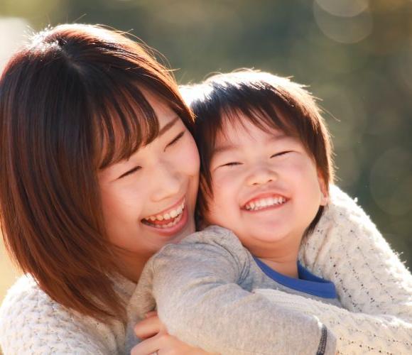 思春期になった親子を助ける! 「スキンシップは大人から」のすすめ 【「子どもの不安」に寄り添う育児】