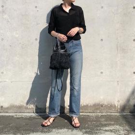 全身GUも!流行の「シアーシャツ」オトナはどう着る?【kufuraファッション調査隊】