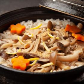 栗、きのこ、鮭…おかわり必至!「秋の炊き込みご飯」みんなの推しレシピを調査