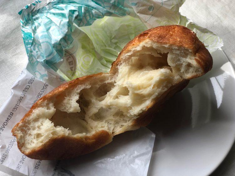 水分たっぷり!もっちもちの「ジュウニブンベーカリー」のパン【80歳の料理家・祐成陽子さんの、ずっと美味しいモノ】#16