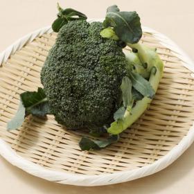 ブロッコリーにはビタミンCがたっぷり!洗い方と茹で方をマスターしてもっとおいしく【管理栄養士監修】