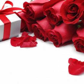 今、高島屋オンラインストアで人気の結婚祝いをご紹介!予算別おすすめギフト