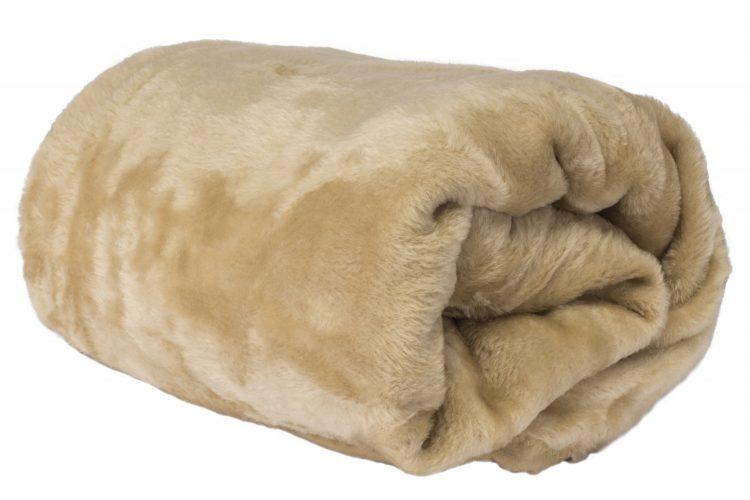 保温調理にも、クッションにも!「古くなった毛布の再利用法」主婦が実践するアイディア8選