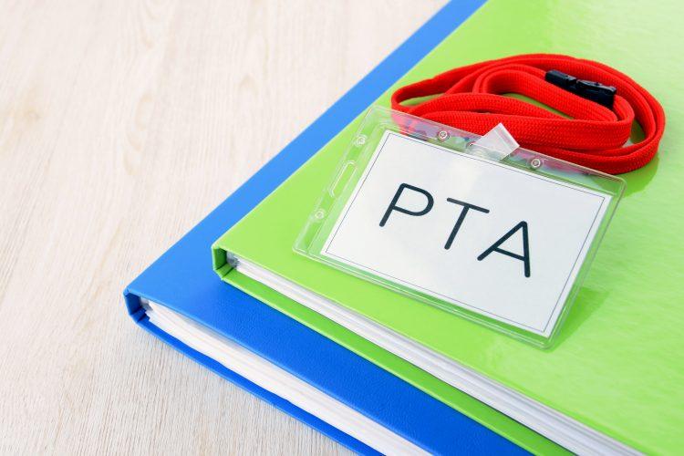 「PTA活動、未就学児育児に時給をつける」としたらいくらだと思う?
