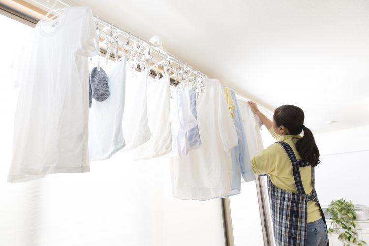 生乾きを阻止!「梅雨どきに洗濯物を乾かすためにしていること」ランキング