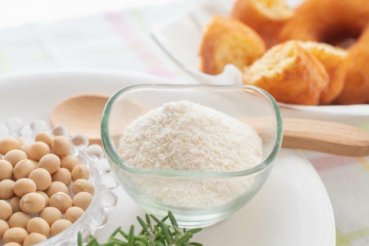 ポテサラ、お好み焼き、味噌汁にもマッチ!「おからパウダー」我が家ではこう使ってます!