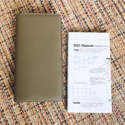 手書き派におすすめ! 使いやすくて品がある『BROOKLYN MUSEUM』の手帳がマイパートナー【働くお母さんの、コレ買って大正解!】