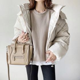 ダウンをきれいめに着こなすコツ!寒い日に真似したいコーデを大調査【kufuraファッション調査隊】