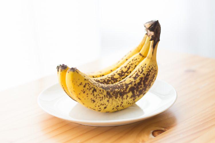 黒くなりかけたバナナが数本…!そんな時に役立つ子どもも大好きバナナレシピ