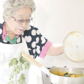 追悼・鈴木登紀子さん 日本料理研究家として、96歳まで伝え続けた愛おしき「おふくろの味」