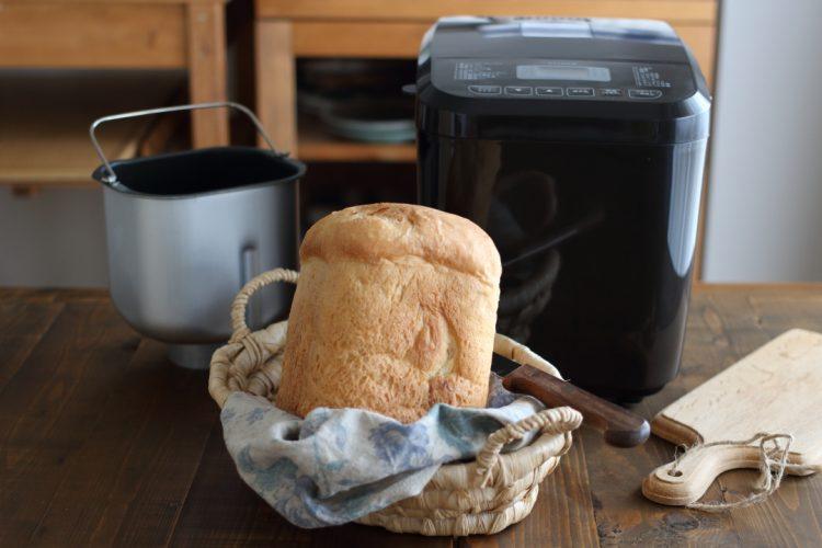 簡単?おいしく焼ける?「お手頃VS高級ホームベーカリー」をパン講師が焼き比べてみました!【お手頃代表siroca編】