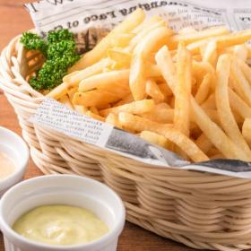 まさかの組み合わせも!「フライドポテト」につける&かけると美味しいもの…食べる手が止まらない!
