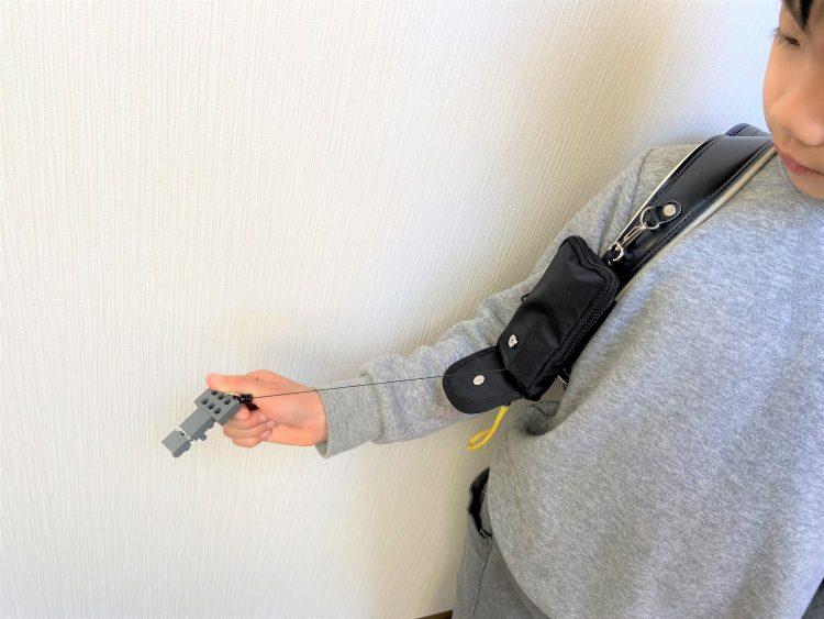 「子どもに持たせる家の鍵」は、防犯ブザーやキッズ携帯と一緒に収納できるポーチが安心です【本日のお気に入り】
