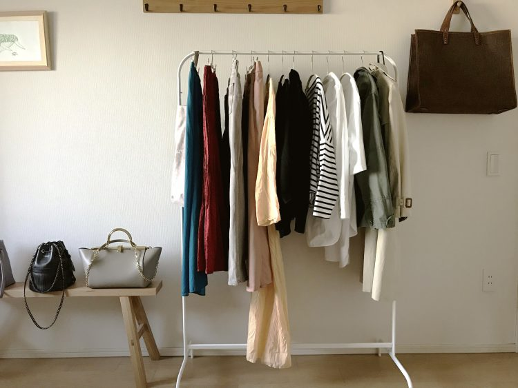 花粉対策から衣服の枚数管理まで出来る!IKEAの洋服ラック(899円)【本日のお気に入り】