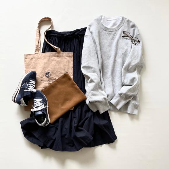 体型カバーできるのに、 ドラマティック!「POOL」の コットン巻きスカート(8,800円)