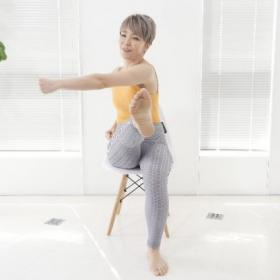 ぽっこりお腹&下半身の眠った筋肉に効く!「座ったままでできる・むくみ解消もも上げ」【 カラダ回復エクサ#1】