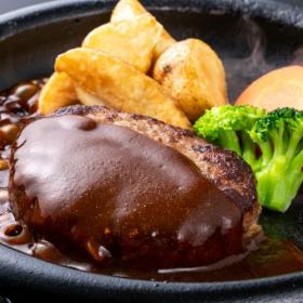 みんな大好き「ハンバーグ」をもっと美味しく!タネにプラスして、家族に好評だった食材は?