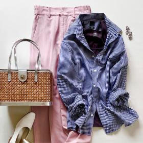 「H&M(メンズ)」のギンガムチェックシャツ(1,999円)はあえて女っぽい着こなしで!【4ケタアイテムで叶えるオシャレvol.10】