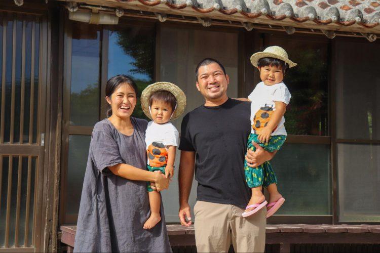 島で生まれ育ち、島で子育てをするのが夢だった。自然の恵みに感謝する暮らし【竹富島で暮らす人々#2後編】