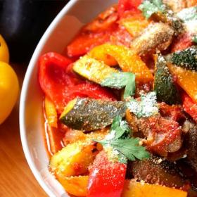 冷やしても美味しい!夏野菜ゴロゴロ「絶品ラタトゥイユ」【プロが教えるおうちイタリアン#7】