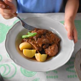 【洋風&韓国風2パターンのスペアリブ煮込み】ママ料理家 楠さんちのホットクックレシピ Vol.12