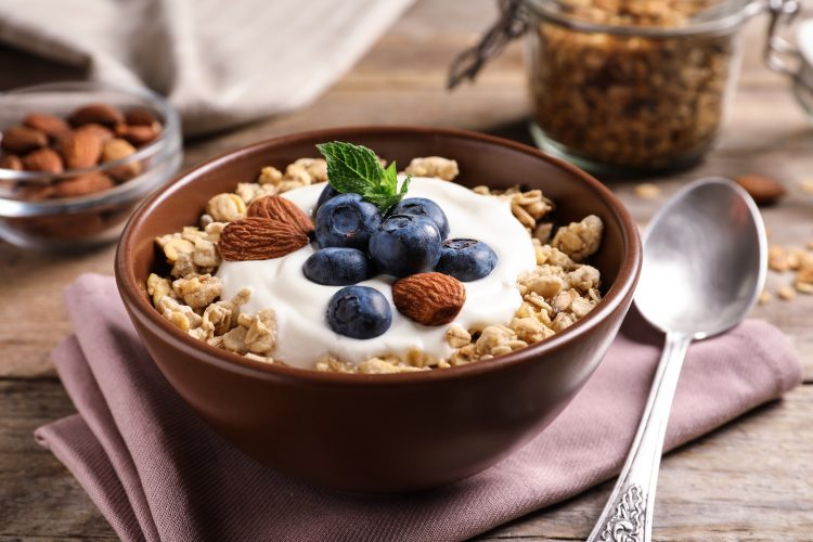 初めてでも食べやすい「オートミール」の人気レシピ集!ダイエット食としても注目です