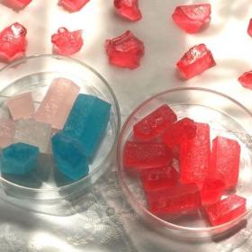 水晶のような「琥珀糖」に挑戦!日々の結晶化を観察しよう【夏休みは親子でサイエンススイーツ♯2】