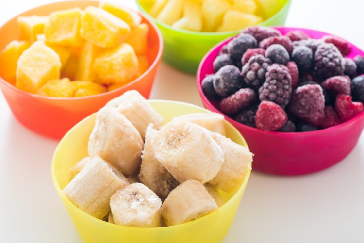 冷んや〜り美味!みんながハマった「手作り冷凍フルーツ」とアレンジレシピ