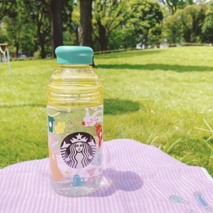 夏場の外出を支えてくれるスターバックスのドリンクボトル【本日のお気に入り】