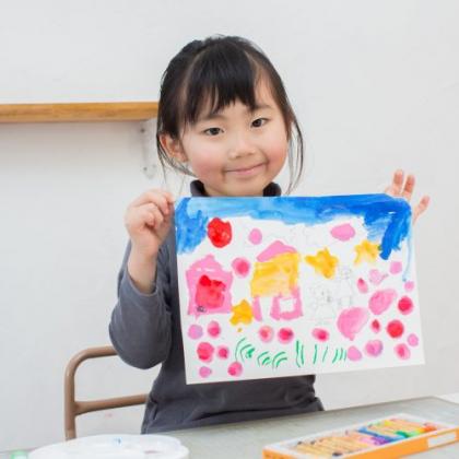 このおかげで才能が開花した!? 子どもの「絵が上手になったきっかけ」をママ213人に聞きました