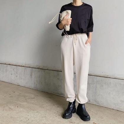 ZARA、H&Mも!「黒ボリュームブーツ」大人の着こなしを大調査【kufuraファッション調査隊】