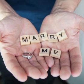 【夫編】もし「もう1度結婚相手を選べる」としたら、どんな妻がいい?顔に性格、重視するのは…